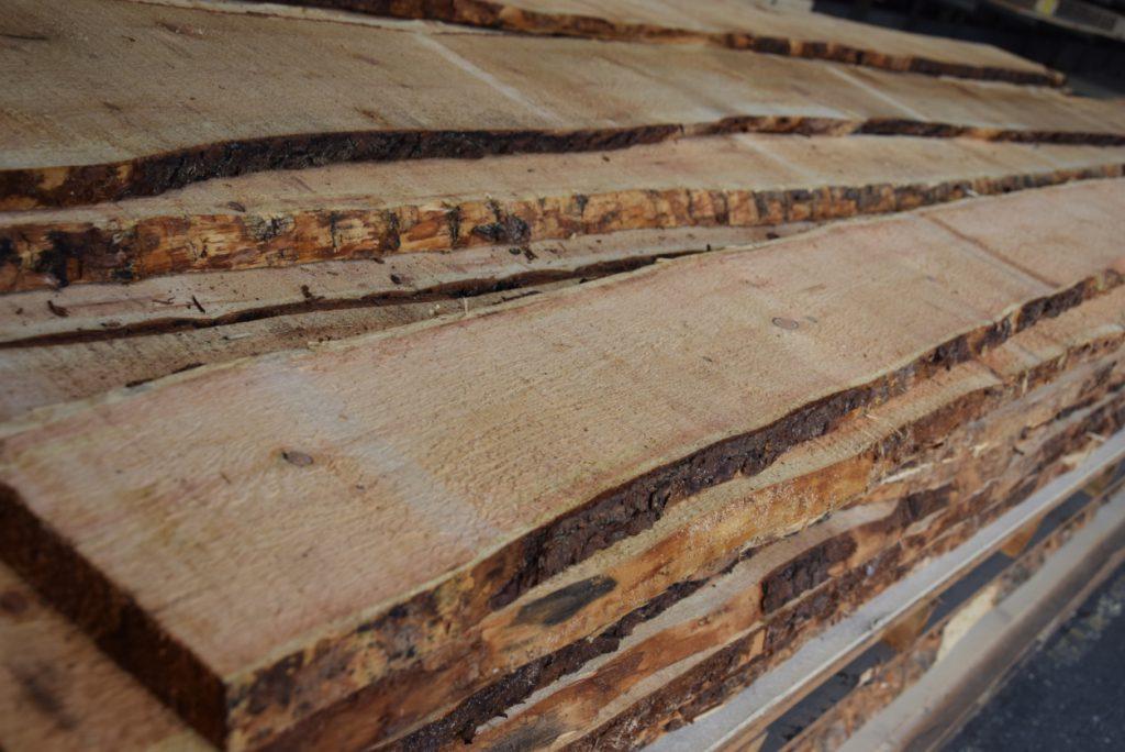 Schnittholz-und-Furnier-Peham